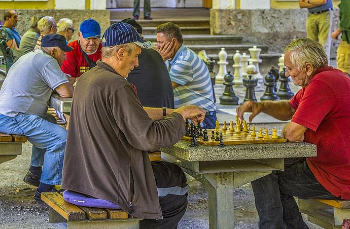 Kann das Schachspielen für ältere Menschen sogar Demenz-präventiv wirken?