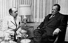 Der politische Literat mit Willy Brandt (1974)