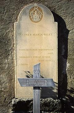 Rilke-Grab auf dem Bergfriedhof Raron (Schweiz)