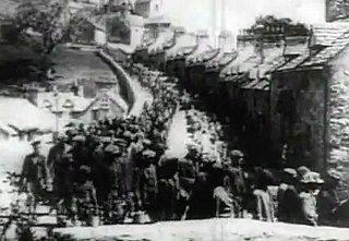 Wenn der Industrie und der Wirtschaft ganze Landstriche geopfert werden: Szene aus dem s/w-Film «How green was my valley» (1941) - Richard Llewellyn: So grün war mein Tal - Roman (Vergessene Bücher)