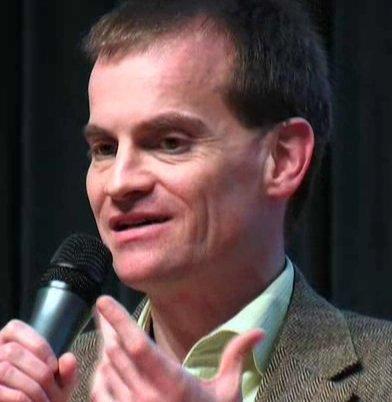 Prof. Dr. Michael Dartsch an einer Podiumsdiskussion 2010