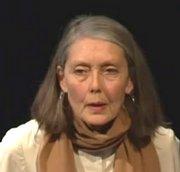 Die Dichterin an einer Lesung in Minneapolis/USA (2011)